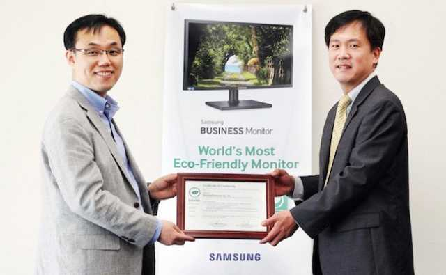 """شاشات عرض سامسونج الكترونيكس المخصصة للشركات تحصل على شهادة """"علامة الورقة الخضراء"""" من إنترتك"""
